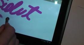 Come fare una stilo per touch screen capacitivi, ciò che troviamo in giro per la casa - video tutorial