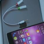 Cómo conectar un micrófono externo al teléfono o tableta