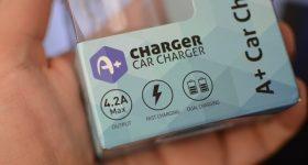 Зарядно за кола бързо зареждане два USB порта